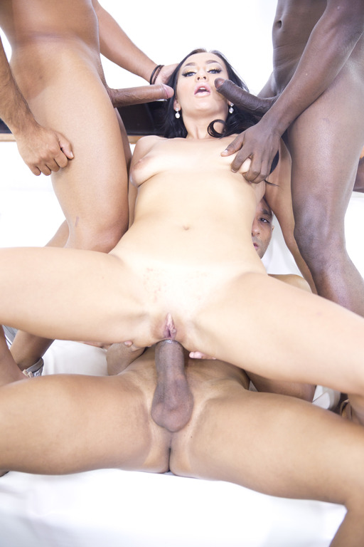 Lara Onyx - Lara Onyx takes 3 black monster cocks in the ass (interracial TAP) RS205 (LegalPorno) [HD 720p]