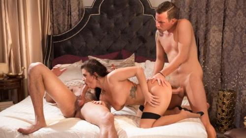 3r0t1c4X.com [Keisha Grey, Jessy Jones, Carlo Carrera - She Has This Fantasy] SD, 544p