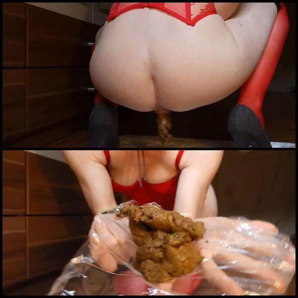 Scat Video - Amateur - Shitting in a hot, red corsage [FullHD 1080p]