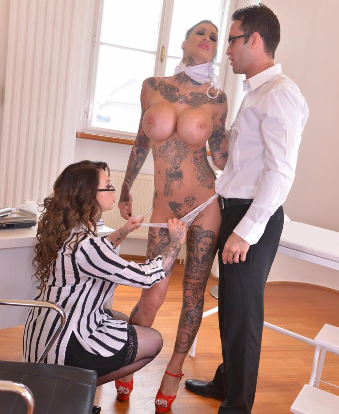 HouseOfTaboo/DDFNetwork: Calisi Ink, Harmony Reigns - Tattooed Nurses Gone Wild - Humiliation In The Doctor's Office  [HD 720p]  (Threesome)