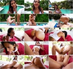 Victoria Valencia (Sunbathing Latina Gets Pranked / 21.08.16) [SD/480p/MP4/307 MB] by XnotX