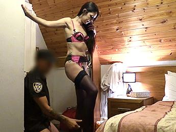 Sophie Garcia (Stranded in Spain and Fucked by Cop / 22.08.16) [FakeCop / SD]