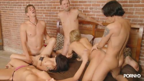 [Coed Debauchery - Part 3 - Course in parallel blowjob] HD, 720p