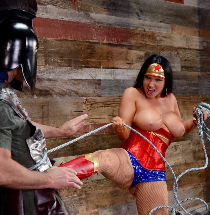 BEX - Romi Rain - Wonder Woman: A XXX Parody  [HD 720p]