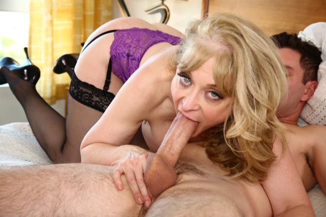 Ztod: Nina Hartley - Sweatin' To The Oldies (FullHD/2016)