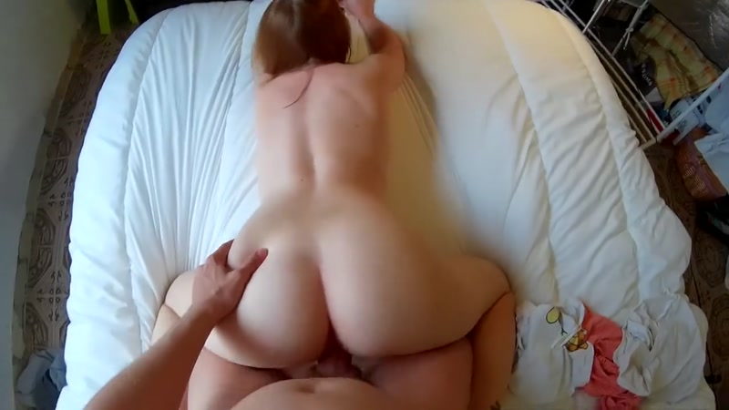 POV Nerdy Russian Redhead Enjoying Huge Cock while Playing Retro Game [HD] (86.9 MB)