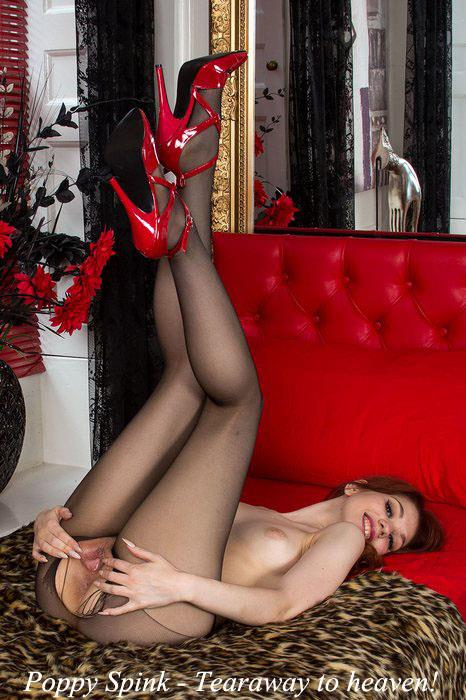 Poppy Spink - Tearaway to heaven! (Pantyhosed4U) FullHD 1080p