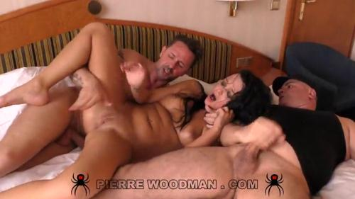 W00dm4nC4st1ngX.com [Daphne Klyde - Hard - Dped by 3 men] SD, 480p