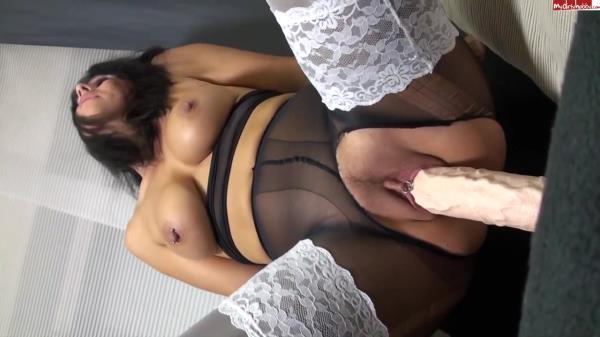 Extreme Insertion: Amateur - Slutty brunette fucks herself huge dildo (2016/HD)