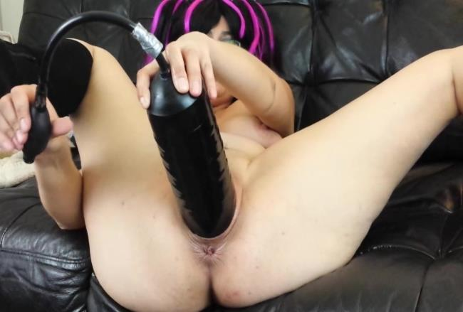 Sicflics: Amateur - Giant inflatable dildo fuck (HD/2016)