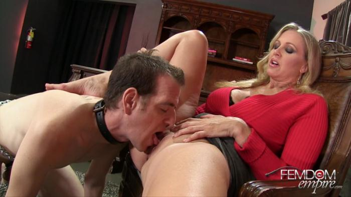 Slave to MILF Cunt - Julia Ann [FullHD/1080p/MP4/1.13 GB] by XnotX
