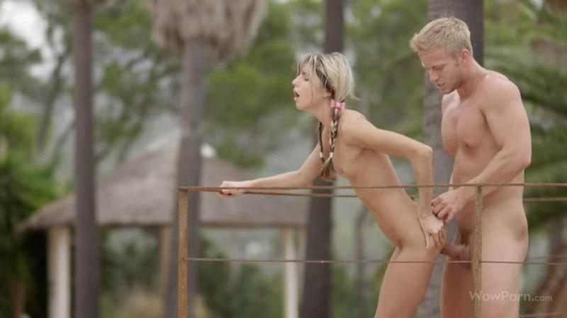 Gina Gerson - Playing With Fire [SD] (211 MB)