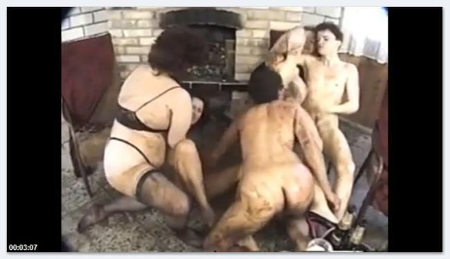 Scat Video: Amateur - Vintage group scat play (SD/2016)