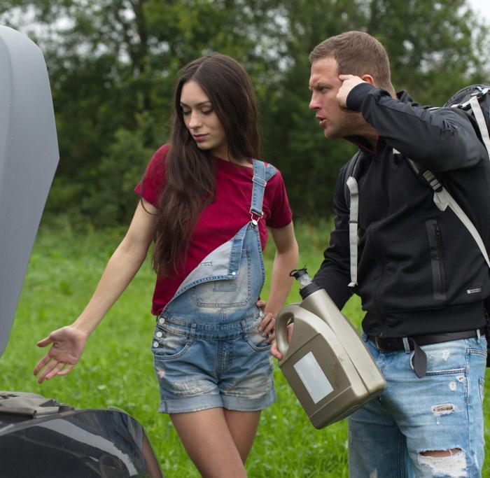 World Teen Russian - Arwen Gold - Lucky Hiker  [HD 720p]
