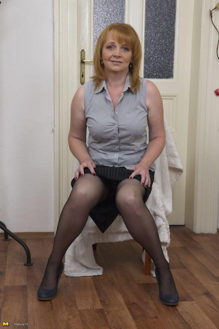 Mature.nl - Jalena M. (41) - Horny housewife fingering herself [HD 720p]