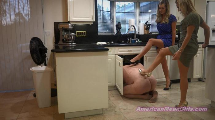 Princess Chanel, Princess Kianna - Kick The Smelly Plumber (Clips4Sale) FullHD 1080p