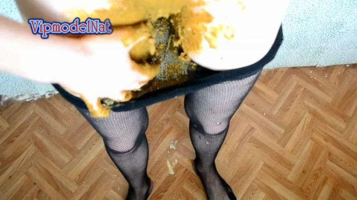 Scat - Shit in tights - Solo (Extreme Porn) [FullHD, 1080p]