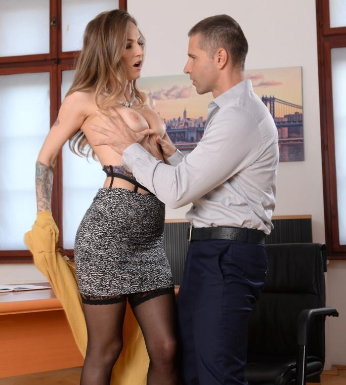 DP Porn - Natasha Starr - He Walked In  [HD 720p]