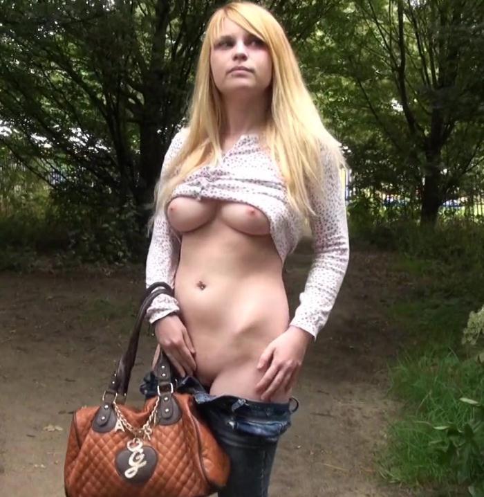 JacquieEtMichelTV: Emilie - Emilie, 18ans, monitrice de colo!  [HD 720p]  (French)