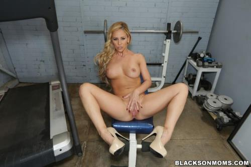 Bl4cks0nM0ms.com [Cheri Deville auditions to be the team slut] SD, 480p