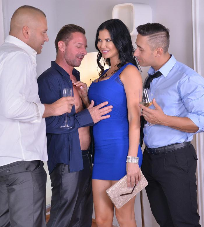 HandsonHardcore/DDFNetwork: Jasmine Jae - Foursome Bangarang - 3 Cocks To Suck, 3 Holes To Fill  [HD 720p]  (Double Penetration)