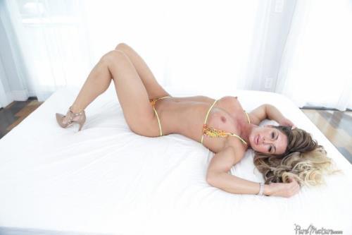 Pur3M4tur3.com [Nina Dolci - Strangers On A Beach] SD, 480p