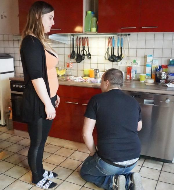 Jacqui, Tony T. - Brown-haired tattooed BBW is in for great sex in a German reality porn tape  (HausFrauFicken/PornDoePremium/SD/480p/312 MiB) from Rapidgator