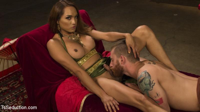 Goddess Worship (Sebastian Keys, Jessica Fox / 09.08.2016) [TSSeduction / SD]