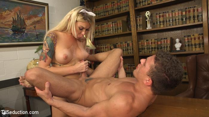 TSSeduction: Aubrey Kate, Alexander Gustavo - Suck That Cock Good or Ill Tell My Daddy! [HD 720p]