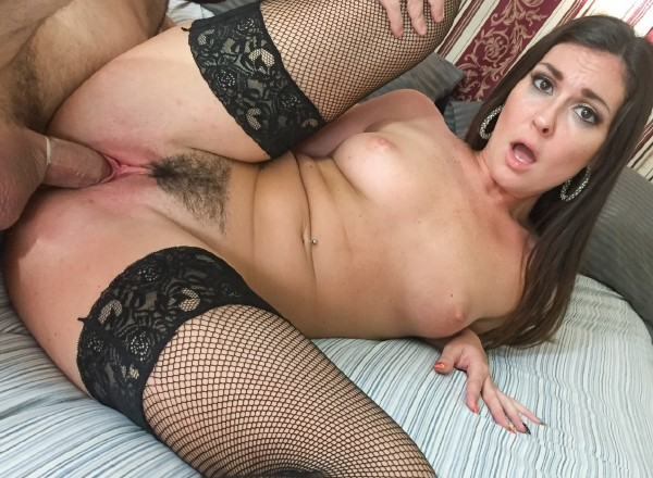 Spizoo: Brittany Shae - Amature Fuck (SD/2016)