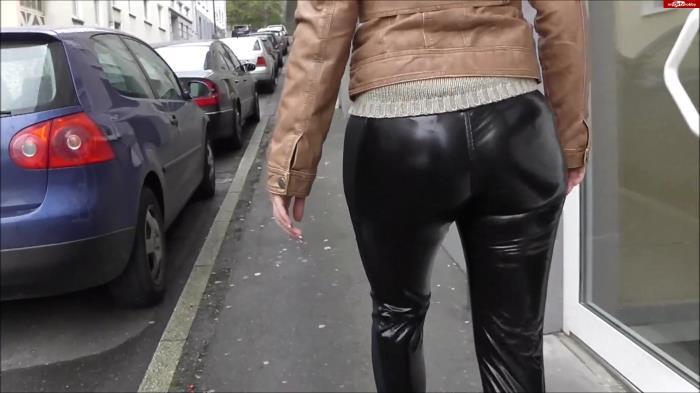 Lara-CumKitten - Mega leggings arsch wird anal gesprengt [FullHD 1080p] MDH