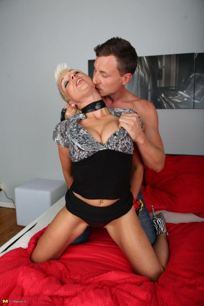 Mature.nl: Mandy S. (EU) (42) - German housewife fucking and sucking (HD/2016)