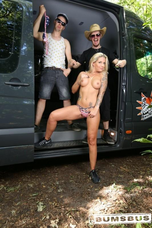 BumsBus: Samy Fox - Blonde German babe gets her pussy stuffed with black cock after sucking it (SD/480p/509 MB) 22.08.2016