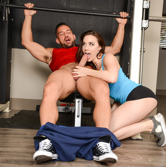 MrsCreampie: Chanel Preston - Nothing Beats A Personal Trainer  [SD 480p] (540 MiB)