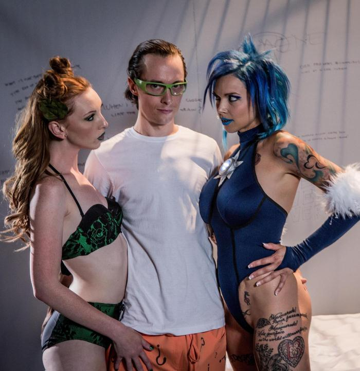 Anna Bell Peaks, Katy Kiss  - Suicide Squad XXX: An Axel Braun Parody, Scene 3  [Wick Porno/FullHD]