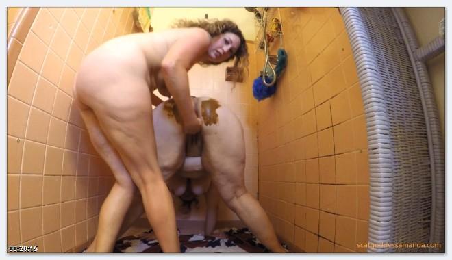 Scat Video - Amateur - Lesbians Bath scat [FullHD 1080p]