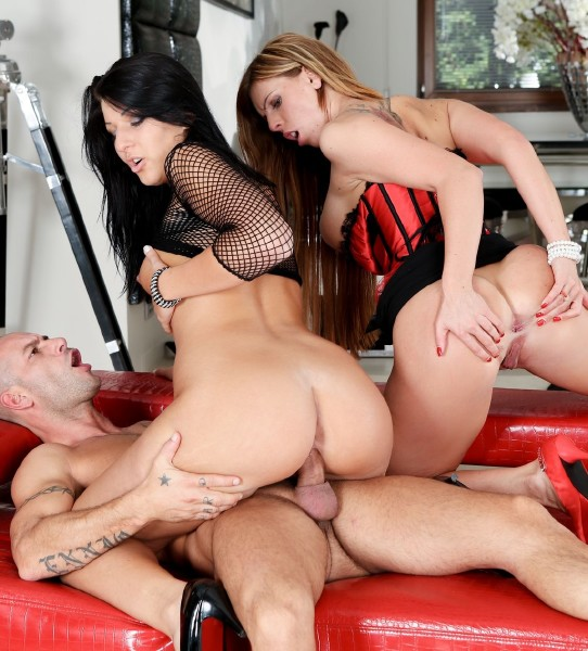 Rocco Porn: Tiffany Shine, Cameron Kay, Mike Angelo - Roccos Perfect Slaves 9, Scene 2 (SD/2016)