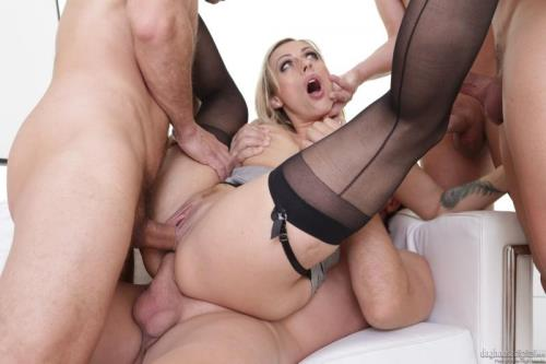 DogHouseDigital [Brittany Bardot - 4 on 1 Gang Bang] SD, 400p
