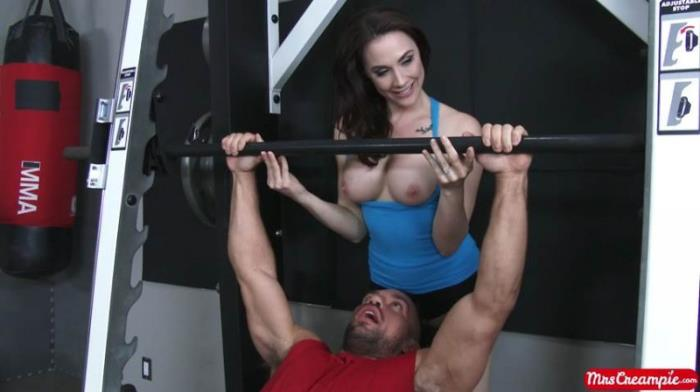 Chanel Preston - Nothing Beats A Personal Trainer [SD 480p] MrsCreampie.com