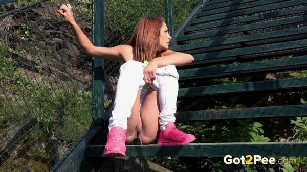 Pink Sneakers (FullHD 1080p)