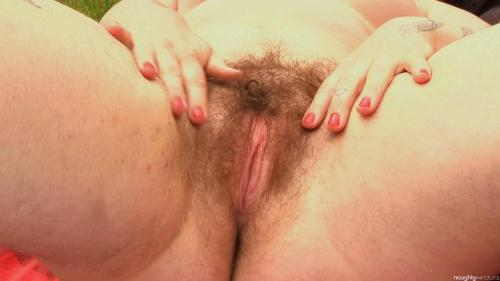 Olivia loves Nature [FullHD, 1080p] [NaughtyNatural.com] - Hairy