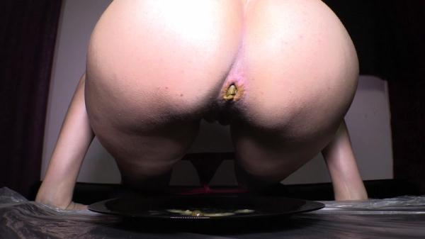 Diana piss farting scat - Solo (FullHD 1080p)