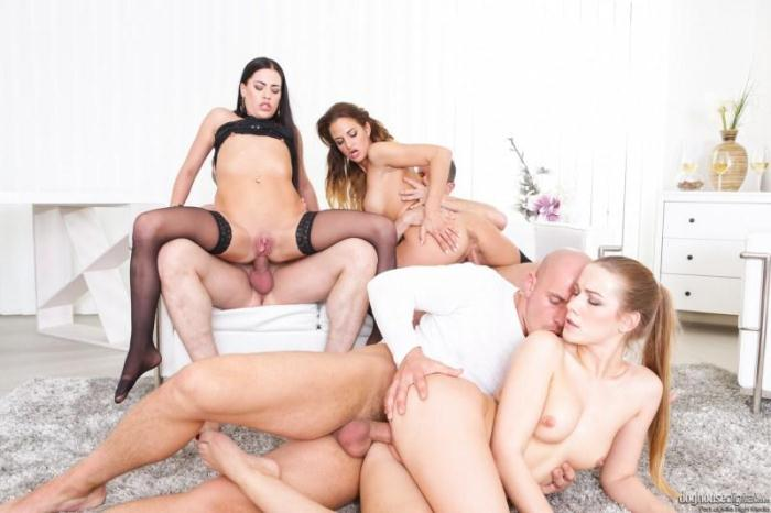 Alexis Crystal, Nicole Vice, Eveline Dellai - Swinger Orgy 12 [SD/400p/MP4/344 MB] by XnotX