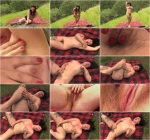 Olivia loves Nature (30.07.2016 ) [NaughtyNatural / FullHD]