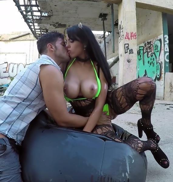 Katrina Moreno, Nick Moreno - Introducing Katrina Moreno [HD 720p] StreetSuckers.com