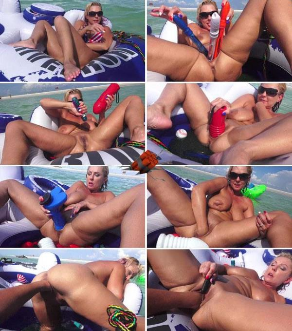 Deep insertions of big titted milf: Amateur - Extreme Insertion 1080p