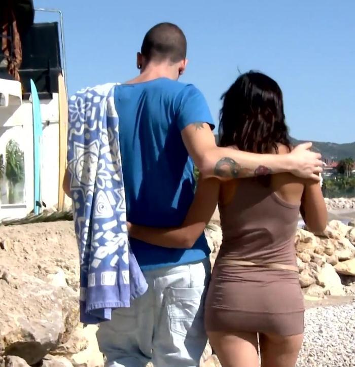 JacquieEtMichelTV: Gabriella - Sodomisee en public!  [HD 720p]  (French)