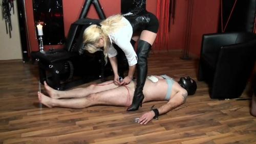 Girl-Dom.com [Lady Cynthia and her slave Torture] HD, 720p