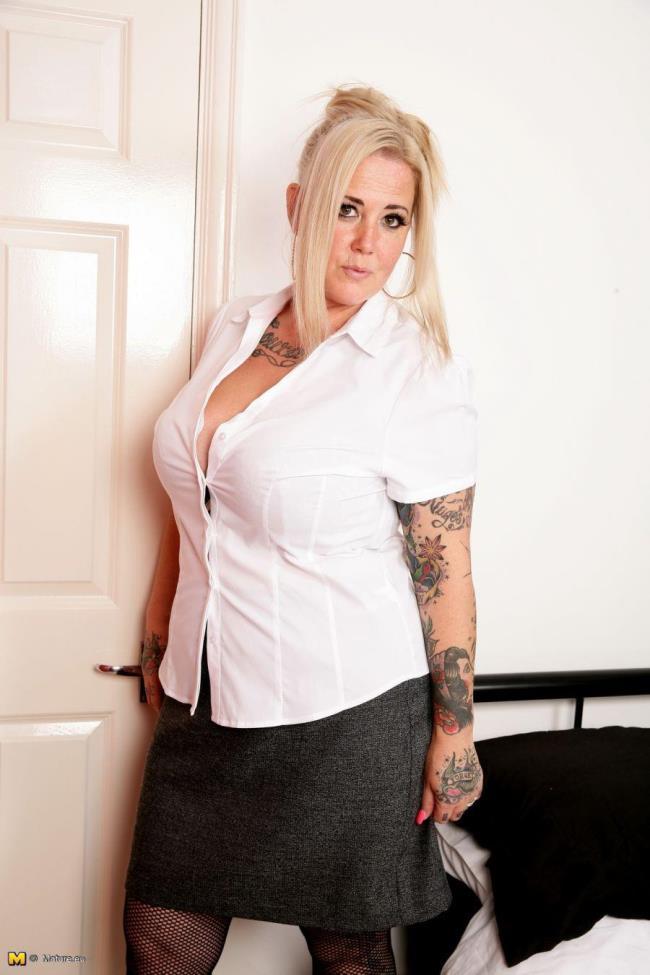 Mature.eu: Tattiana (EU) (43) - big breasted British housewife fingering herself (HD/2016)