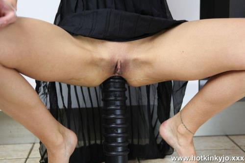 Hotkinkyjo.xxx [Huge anal terrorist ruin Honkinkyjo ass in the kitchen] FullHD, 1080p